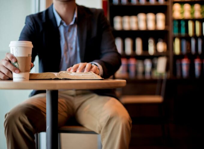 12 Missions Books I Recommend for Pastors, Students, and Churches