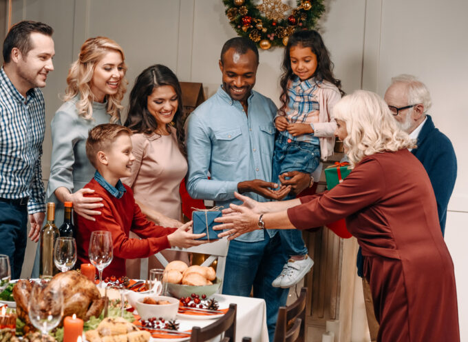 How to Talk Politics at the Family Christmas Gathering This Year