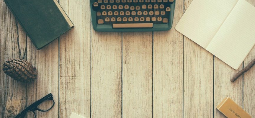 7 Books Every Blogger Should Read